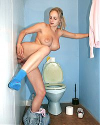 glory hole hardcore9 tn Filthy blonde willingly milks a big cock in the ladies room